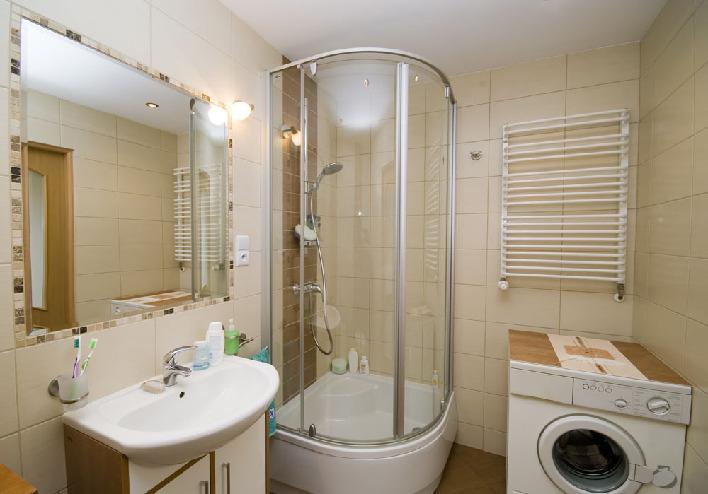 дизайн маленькой ванной комнаты в панельном доме