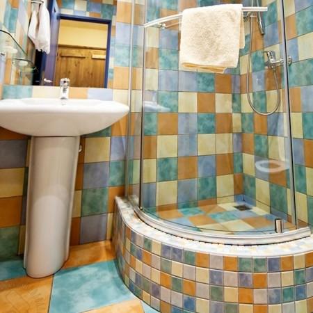 дизайн маленькой ванны с душевой кабиной фото