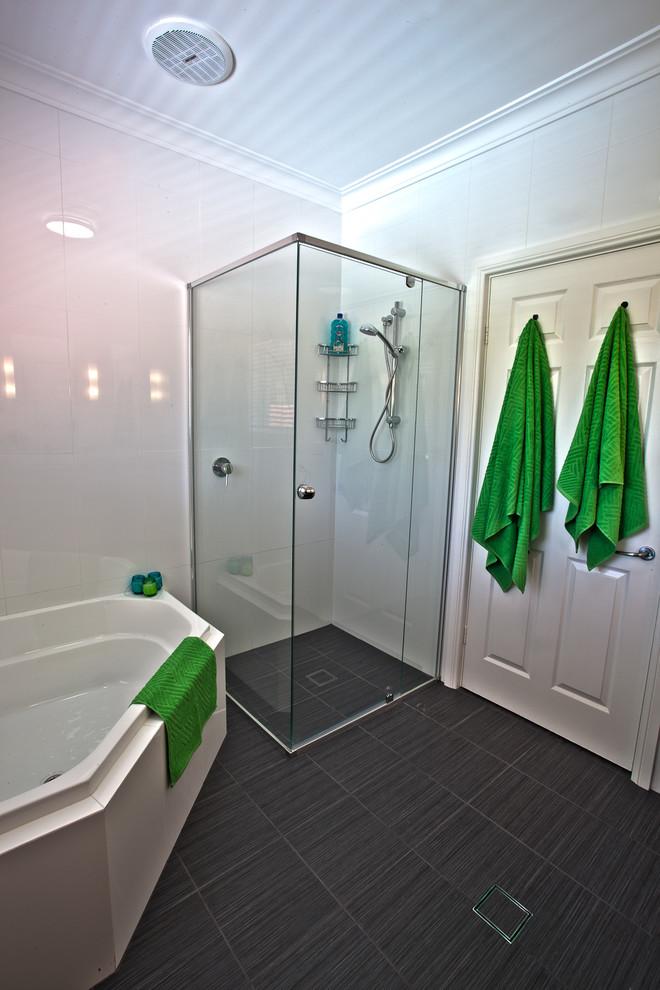 Нюансы дизайна ванной в стиле хай -тек