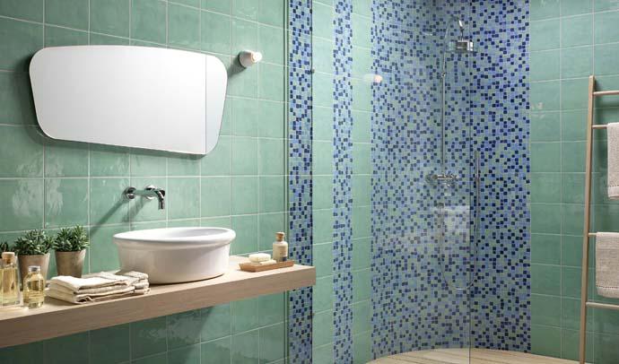 Зеленая плитка в ванной. Производитель: Imola