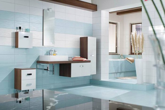 Чистота голубого неба и облаков в интерьере ванной комнате. Производитель:   Rako
