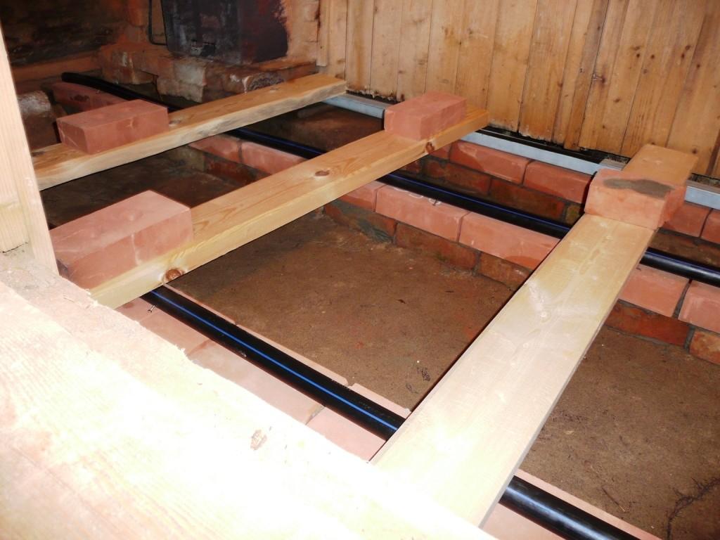 устройство пола в совмещенном санузле деревянного дома