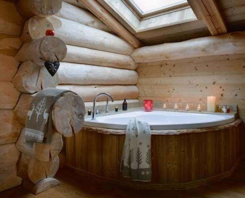 Дизайн ванной комнаты в деревянном доме