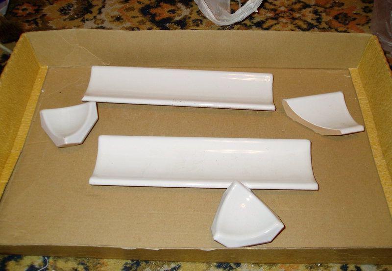 Плинтус для ванной керамический