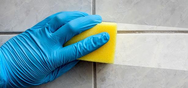 чем отмыть плитку в ванной от налета