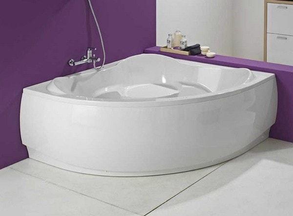 ванна акриловая угловая асимметричная 170х110 с гидромассажем