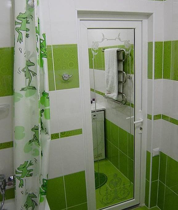 какие двери лучше поставить в ванную и туалет