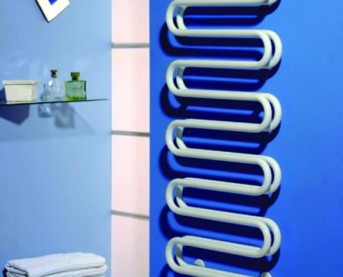монтаж полотенцесушителя в ванной своими руками в панельном доме