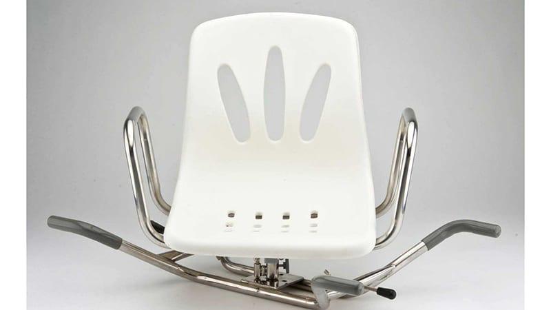 Сиденье для пожилых людей и инвалидов из металла и пластика