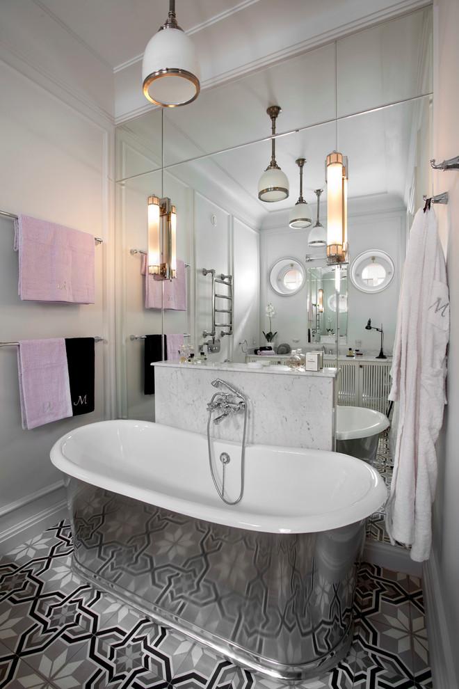 Освещение в ванной комнате с несколькими точками